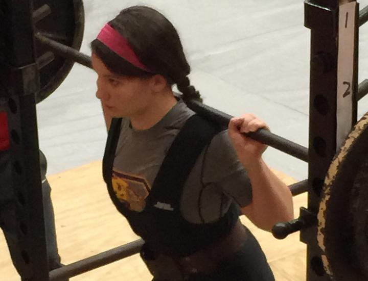 Freshman+Taylor+Lack+competes+during+the+first+powerlifting+meet+of+the+year.