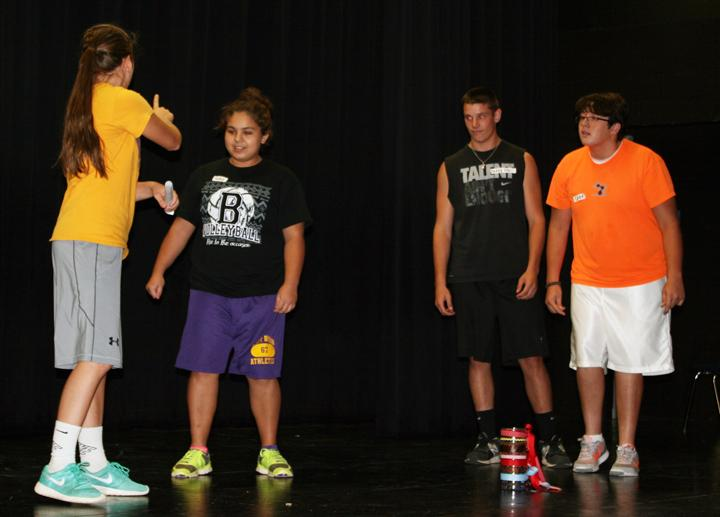 Freshmen+Kayleigh+Rhodes+and+Macky+Morales%2C+junior+Jacob+Fishbeck+and+Leon+student+Colby+Garcia+act+in+their+improv+skit+at+the+end+of+the+day.
