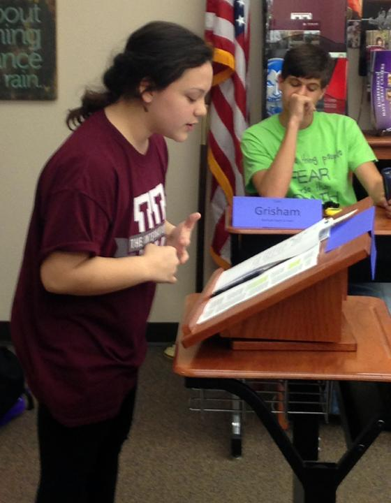 Sophomore Lilah Molina practices for Congress during speech and debate class.