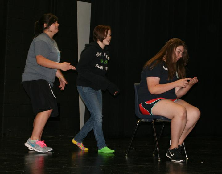 Sophomore+Kaiden+Loep+and+freshman+Ally+Smith+participate+with+Leon+students+in+a+motion+clinic+for+Theatre.+Loep+says+that+Theatre+is+her+favorite+class.