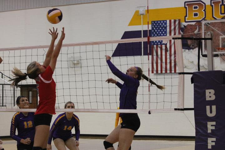 Lady+Bison+volleyball+begins+second+round+of+district