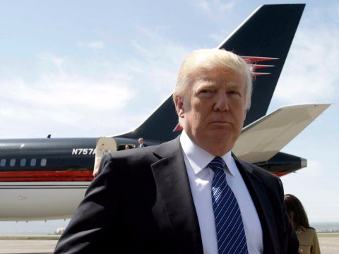 Trump threatens to cancel Boeing contract