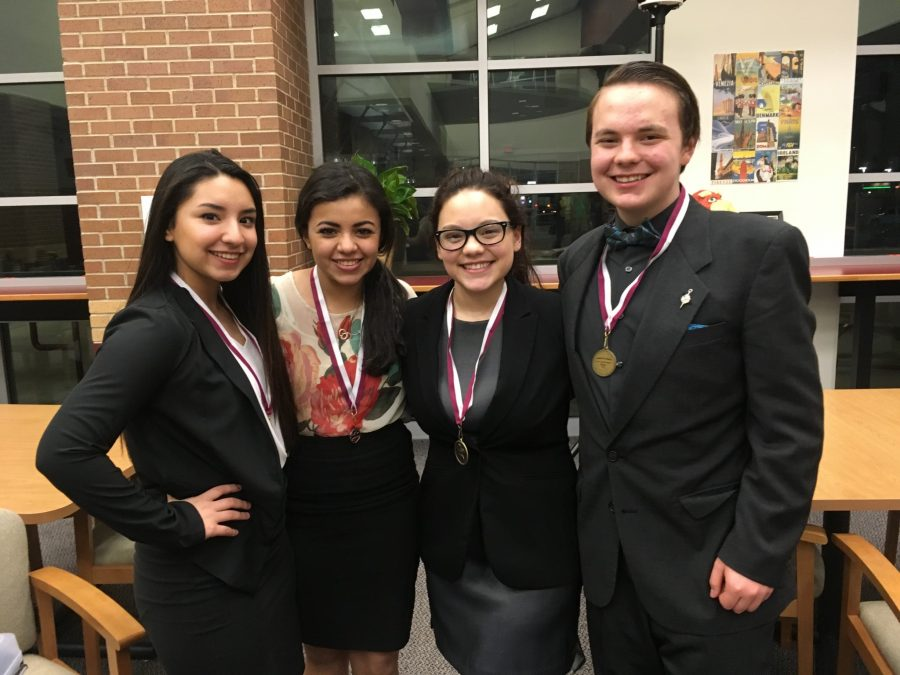 UIL+takes+top+places+at+Palestine+meet
