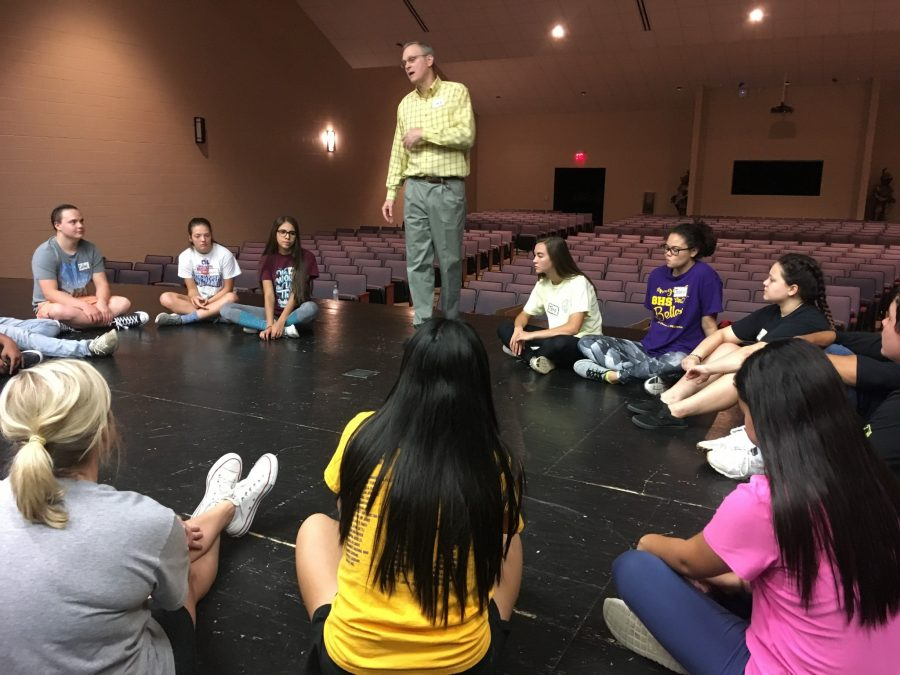 Students participate in OAP workshop