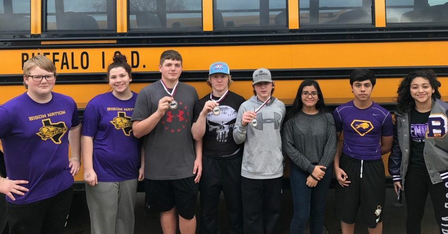 Powerlifters+medal+at+Mildred