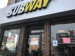 Subway closing 500-plus stores