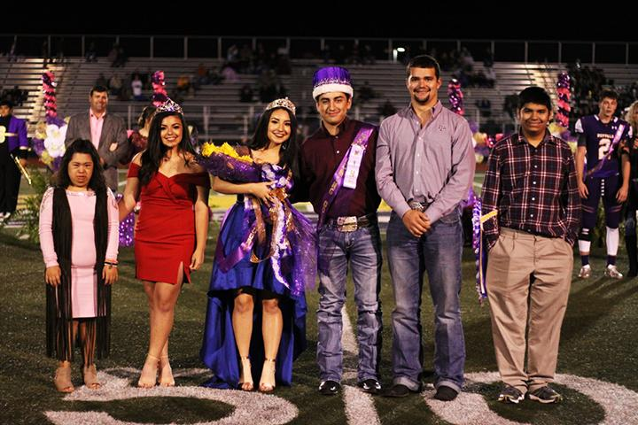 Graves, Garcia crowned for homecoming