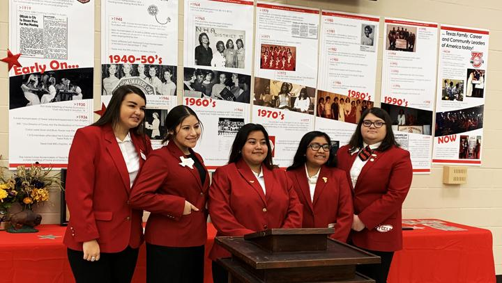 Ex-Student+Association+focuses+on+FCCLA%2FFHA