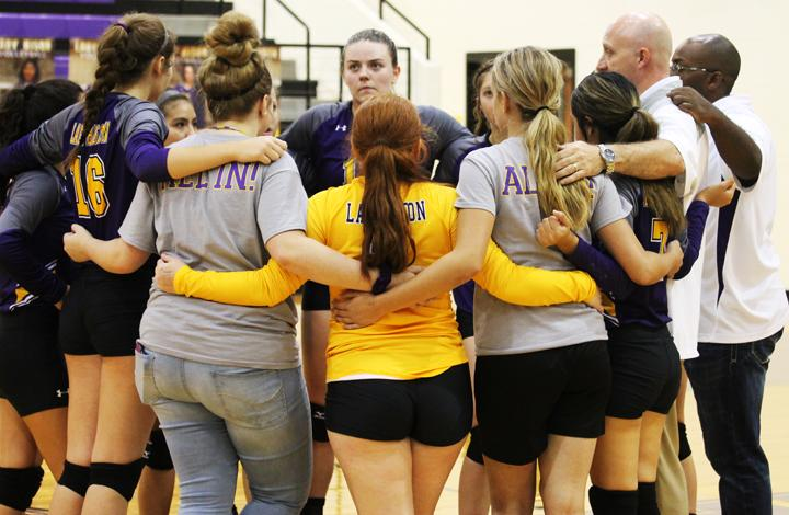 Volleyball team hits district mid-point