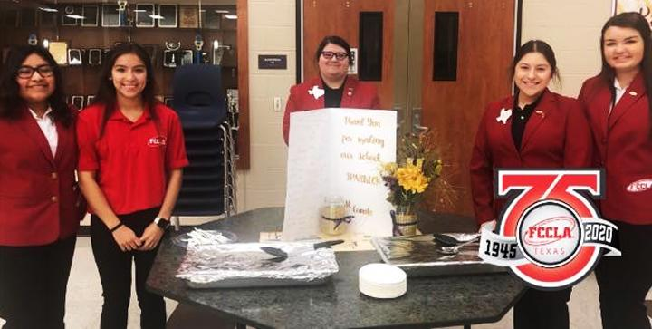 Students help serve appreciation dinner