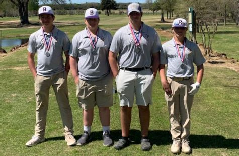 The golf team picked up some hardware and earned a spot to compete at regionals.