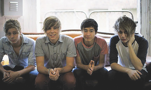 5 Seconds of Summer making a splash on the music scene