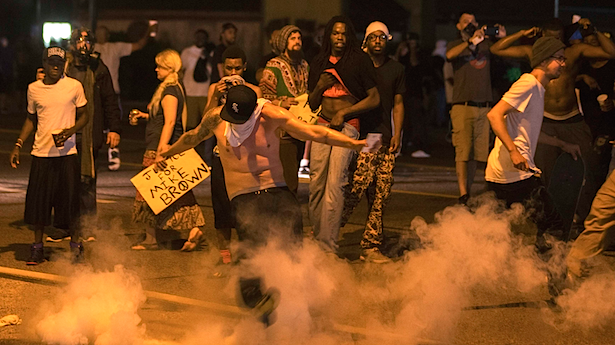 Ferguson+rioters+express+their+displeasure+in+the+Grand+Jury+decision.