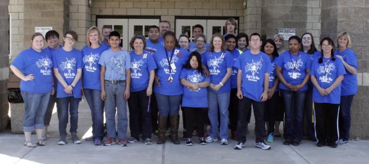 Campus+participates+in+Light+it+up+Blue