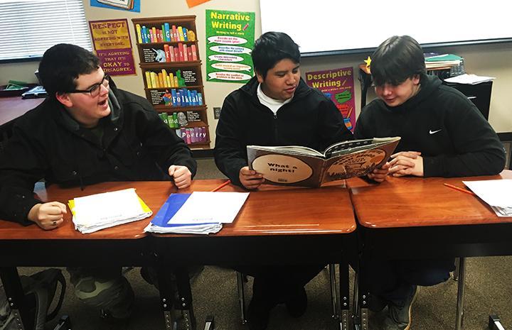 Freshmen teach English class