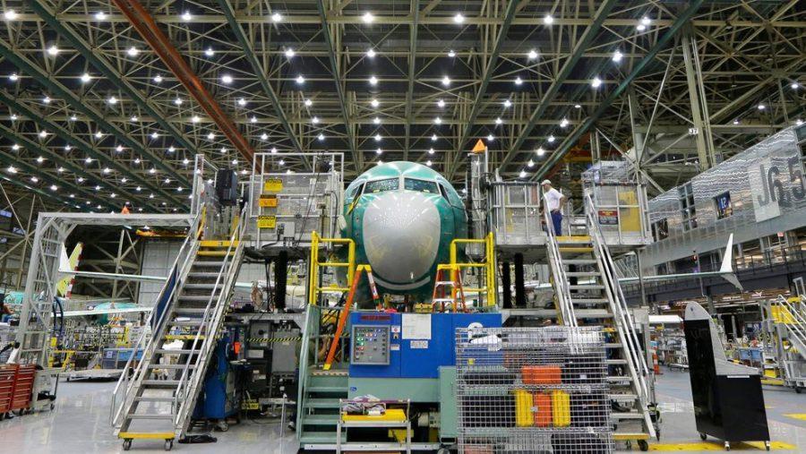 Boeing+brings+workers+back