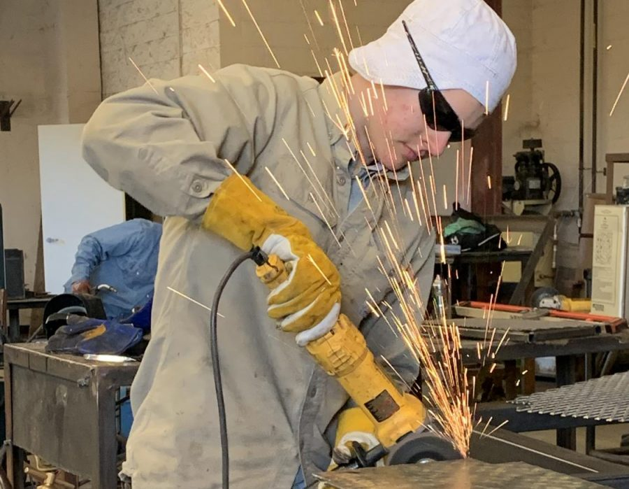 Senior Grant Bell works on his project for Ag Mech. The group has several projects they will compete with at the San Antonio Show later this month.