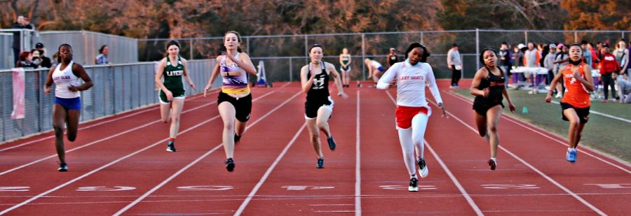 Sophomore Alison Bing focuses on the finish line at the Buffalo track meet.