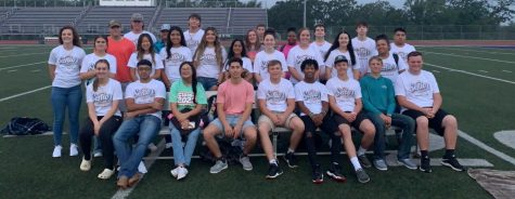 Senior students won the battle with their alarm clock to attend Senior Sunrise. The event is a new one for the students, who hope to have a sunset ceremony together at the end of the year.